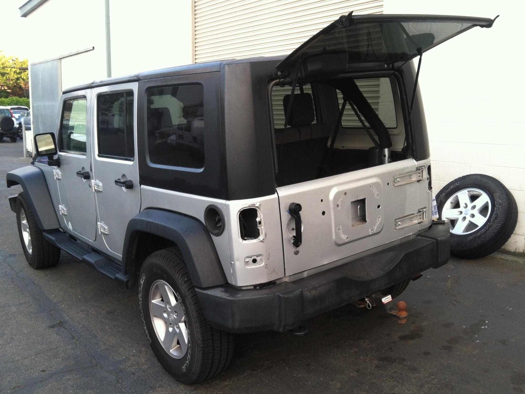 matte black jeep wrap 01 – Custom Vehicle Wraps